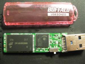 BUFFALO USBメモリー破損